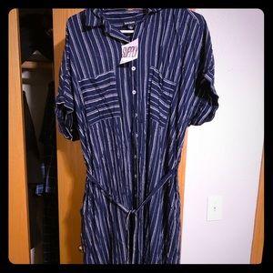 LuLaRoe Supply Button Dress